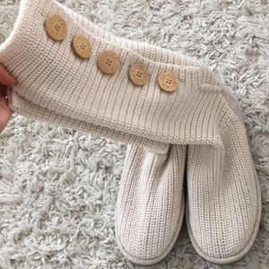 Knitted UGGS